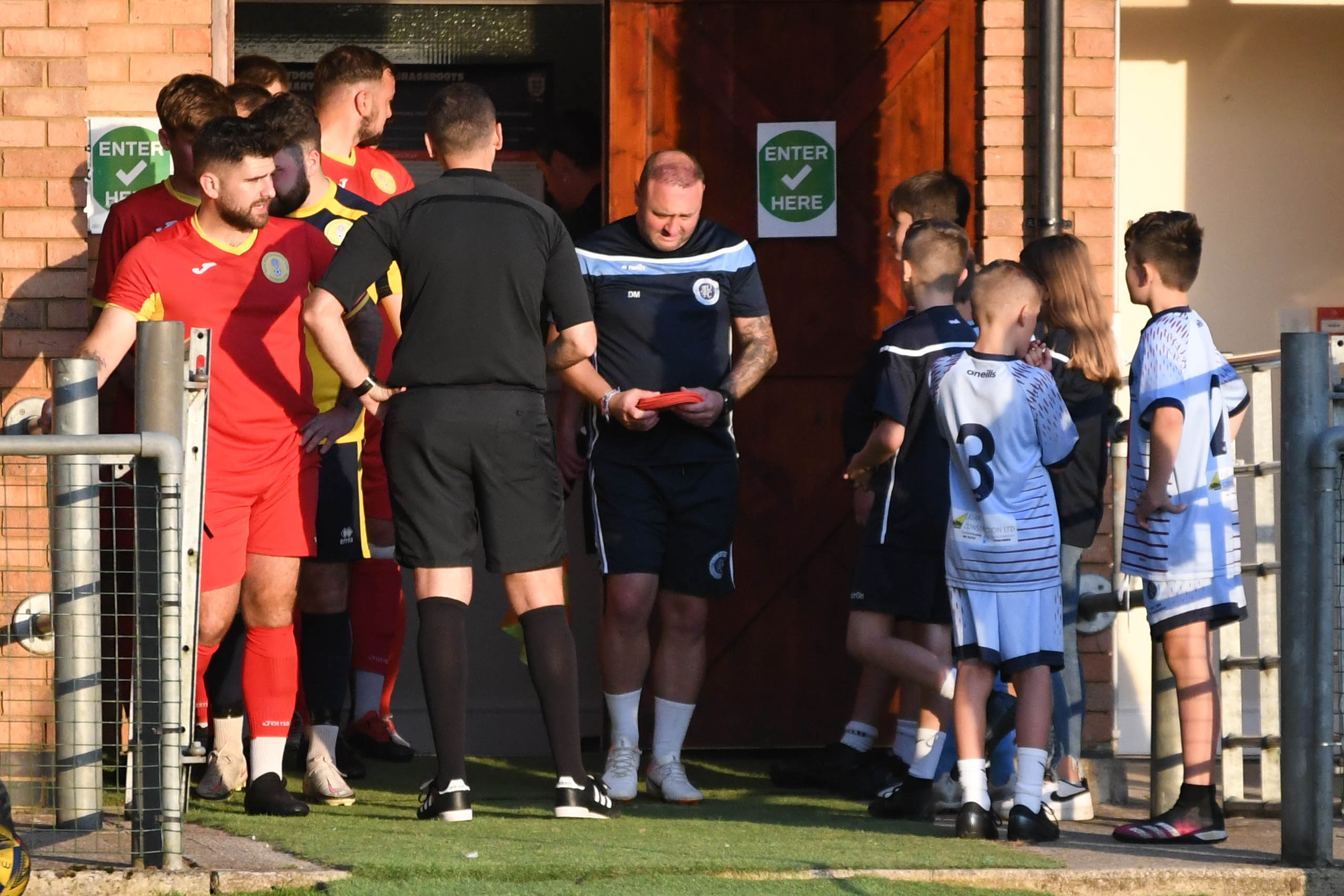 Photos from Royal Wootton Bassett Town's 3-1 FA Cup defeat against Ardley United (Credit: Steve Green)