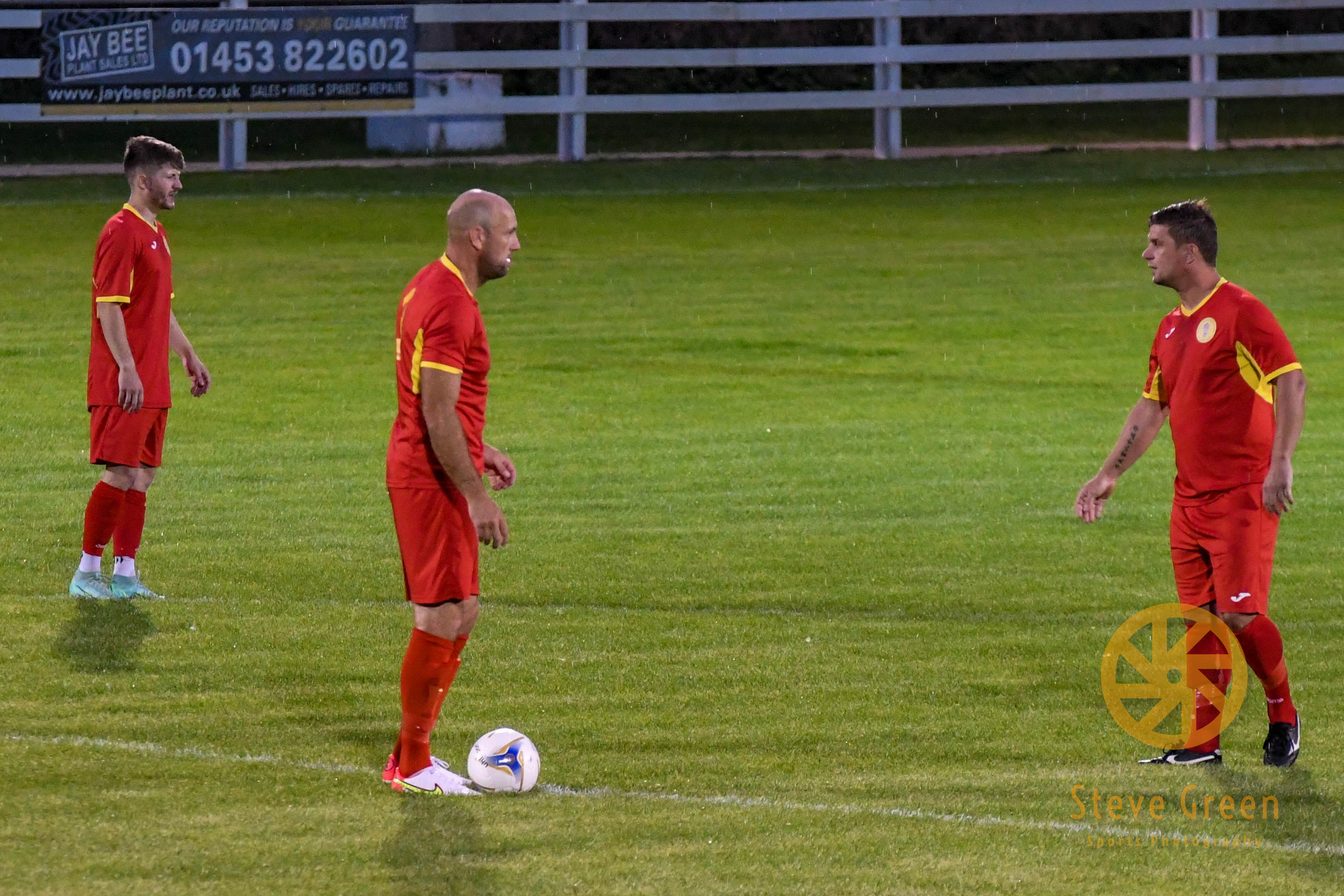 Photos from Royal Wootton Bassett Town's 2-1 away defeat to Brimscombe (Credit: Steve Green)