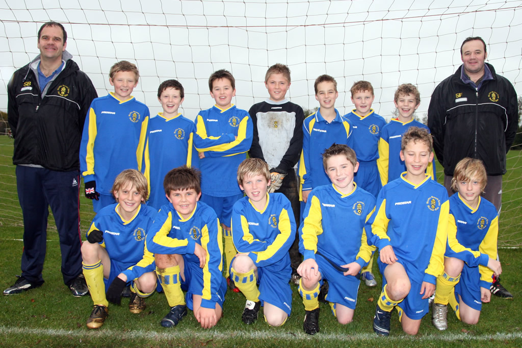 Under 14 Blue 2010/2011 Team Photo